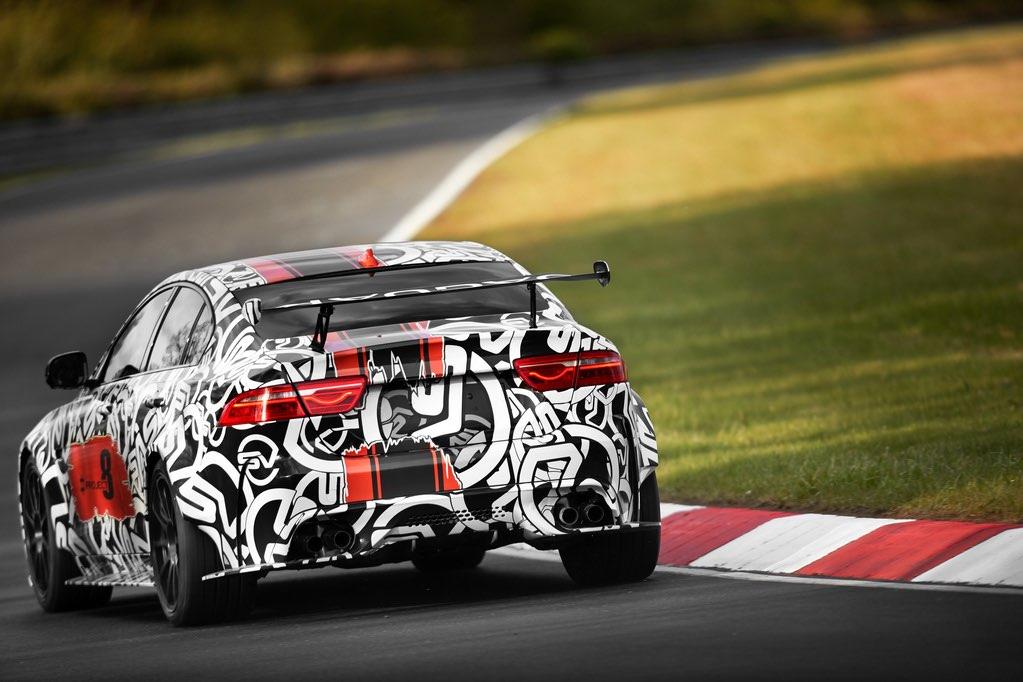 Jaguar XE SV Project 8 hinten Heck