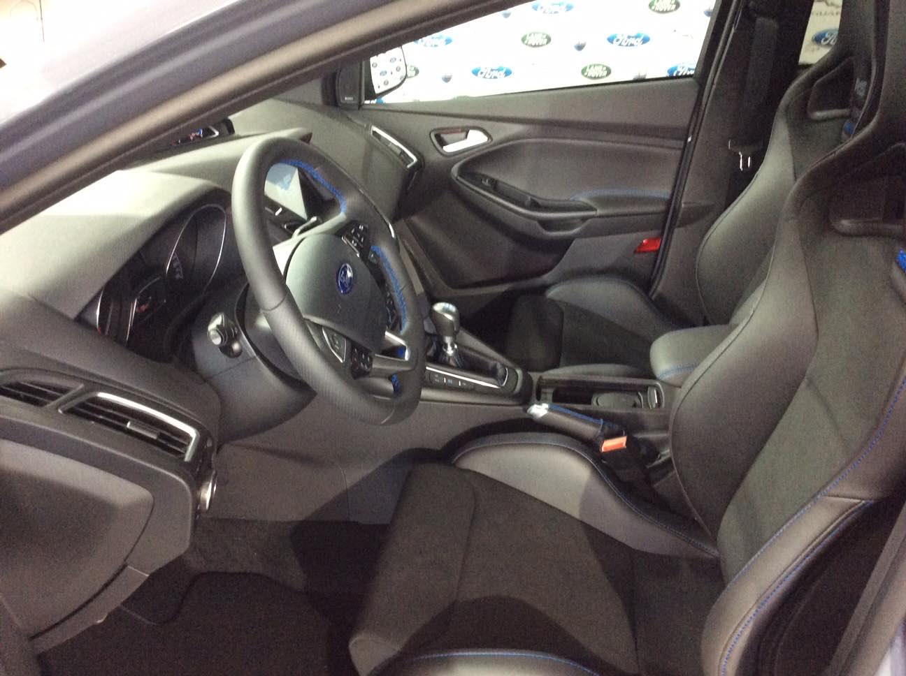 Ford Focus RS 2017 Grau 1