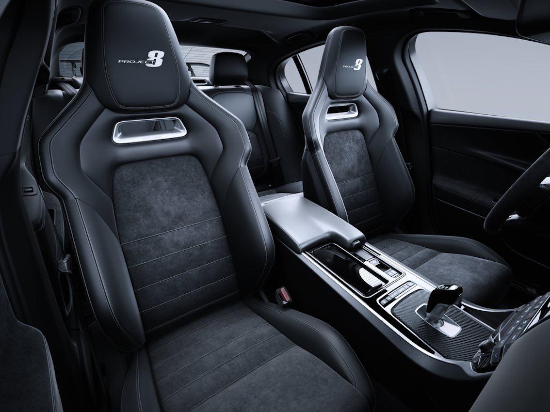 Jaguar XE Project 8 Sitze