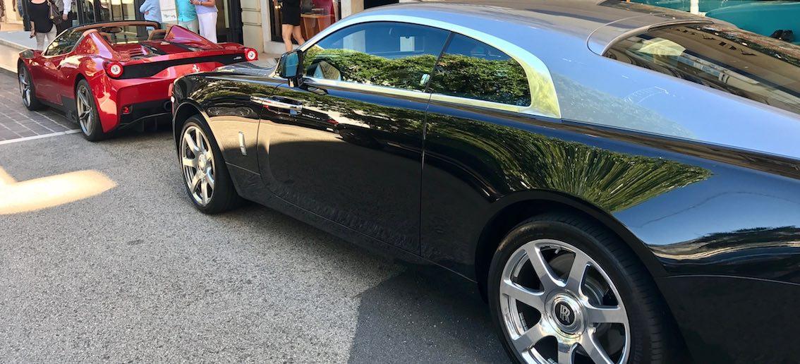 Rolls Royce und Ferrari 458 Speciale Aperta Monaco