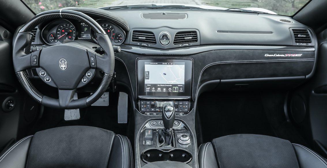 Maserati GranCabrio 2018 Armaturenbrett