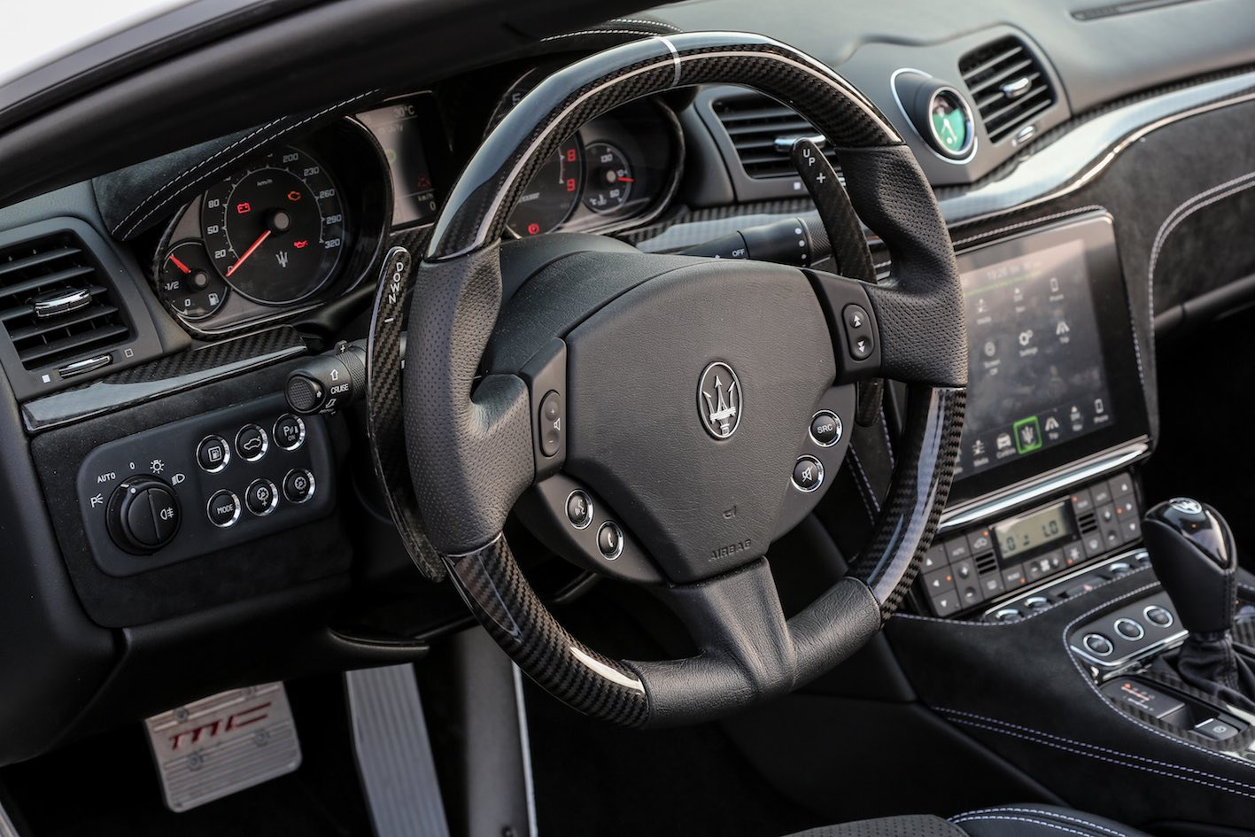 Maserati GranCabrio MC 2018 Lenkrad