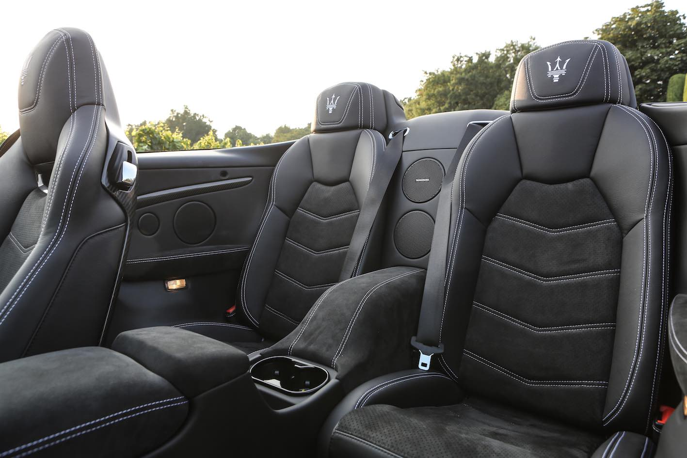 Maserati GranCabrio MC 2018 weiß LEdersitze