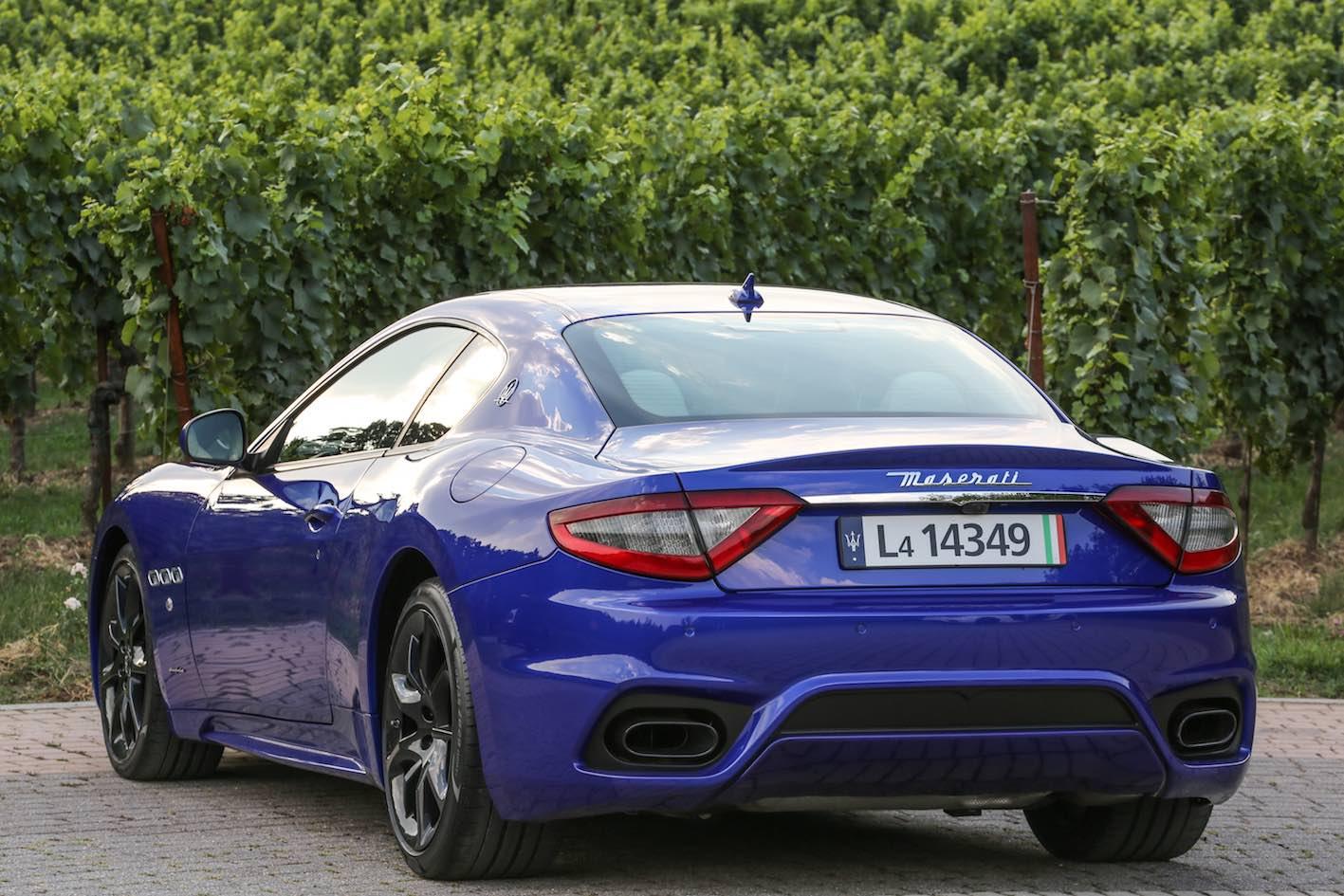 Maserati GranTurismo Blau 2018 Heck