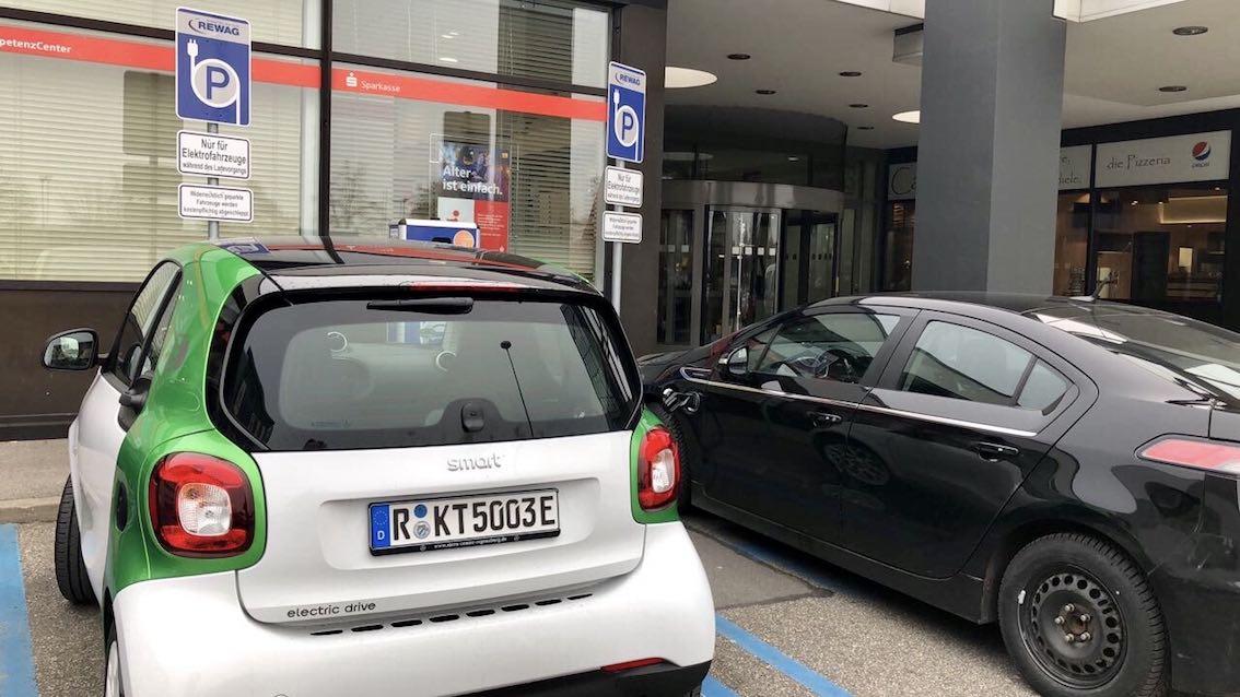 Electric ladestation Einkaufszentrum Regensburg