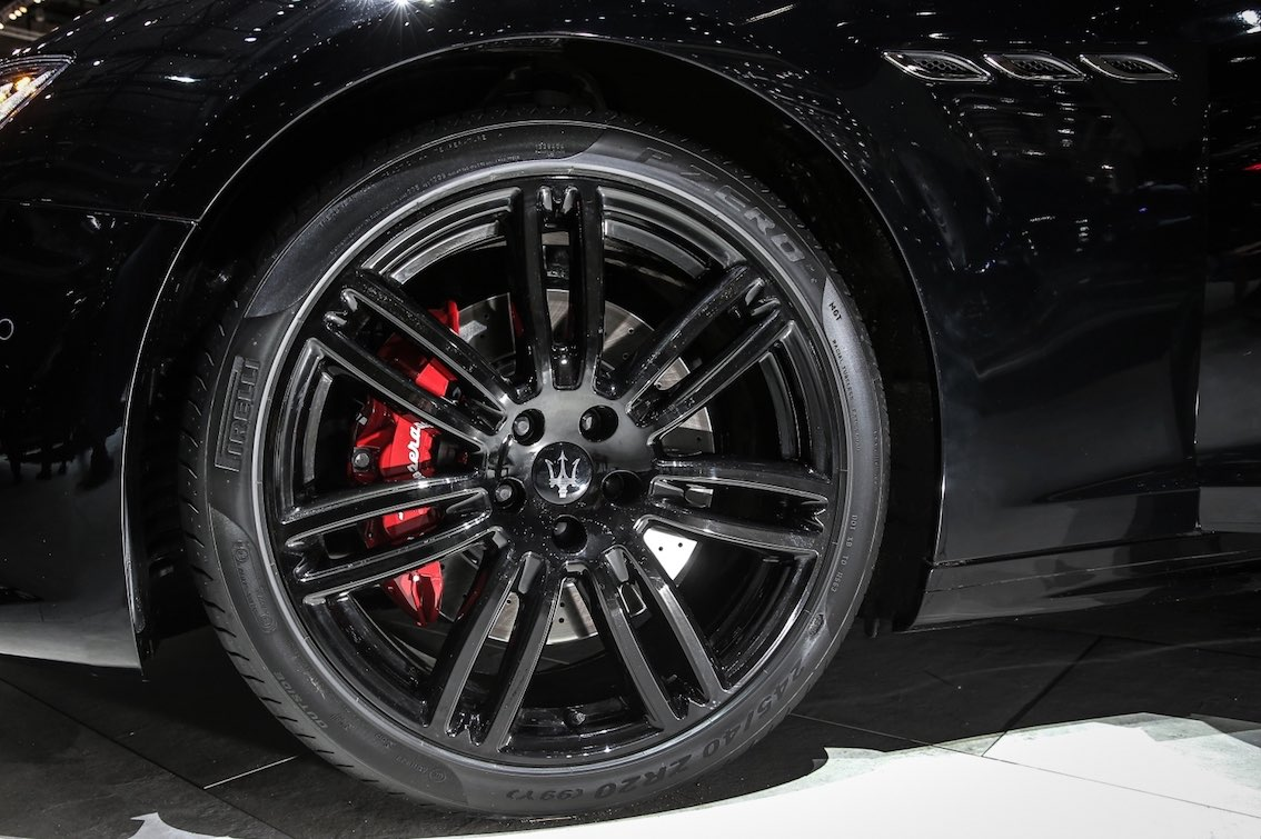 Maserati Ghibli Nerissimo Alufelgen