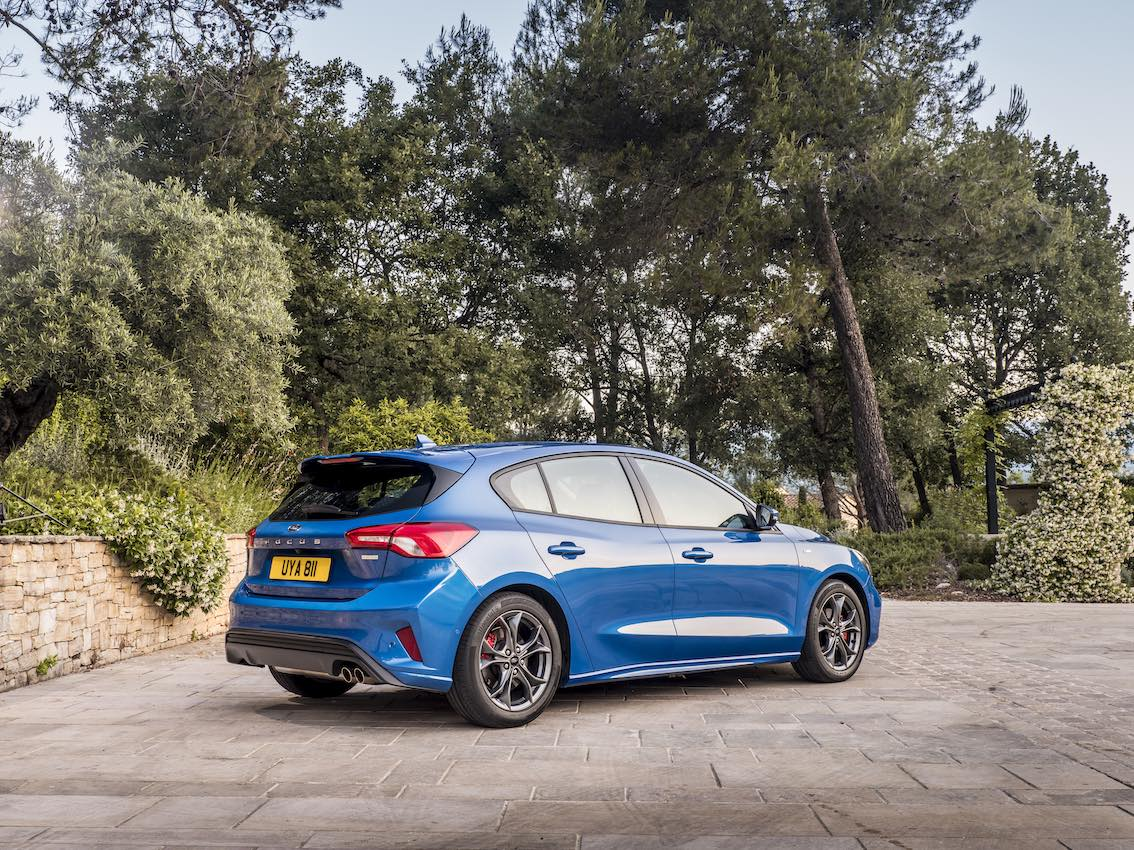 Ford Focus ST 2019 Heck in Blau Limousine