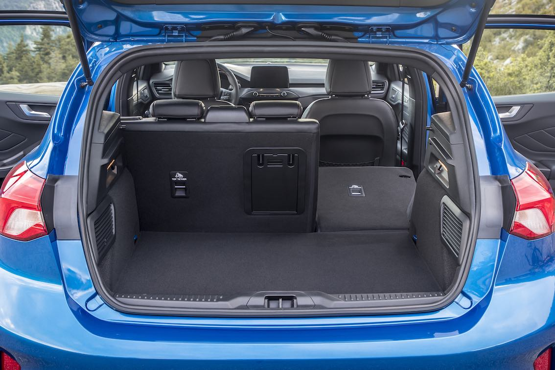 Ford Focus ST Line 2019 Kofferraum limousine