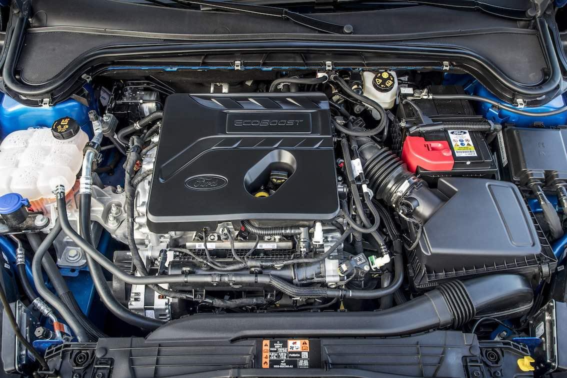 Ford Focus ST Line 2019 Motor EcoBoost