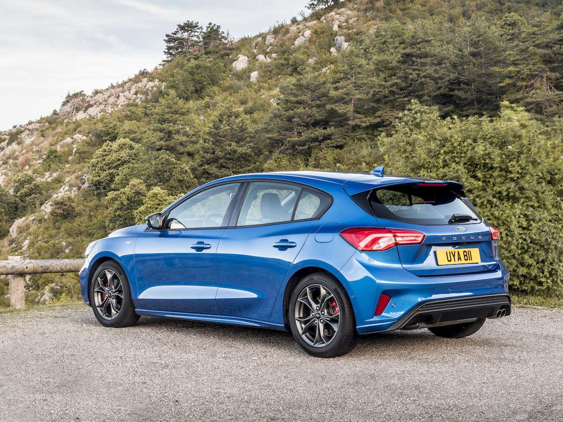 Ford Focus ST Line Heck 2019 in Blau