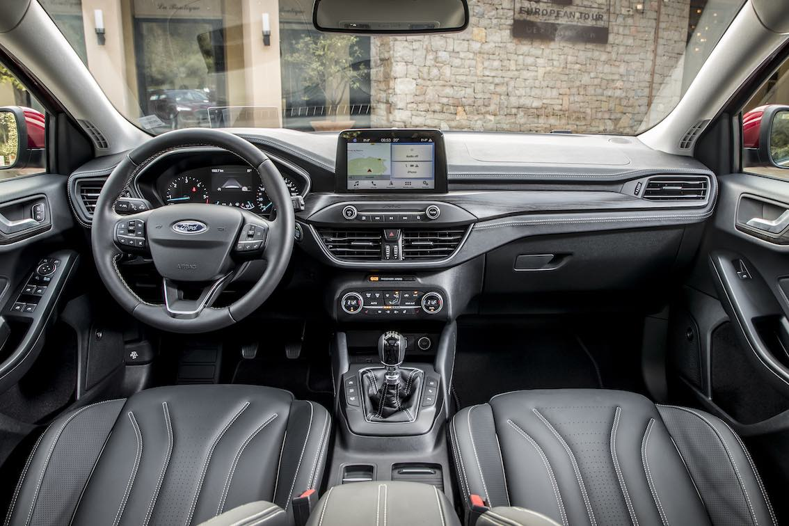 Ford Focus Vignale 2019 Lenkrad Armaturenbrett