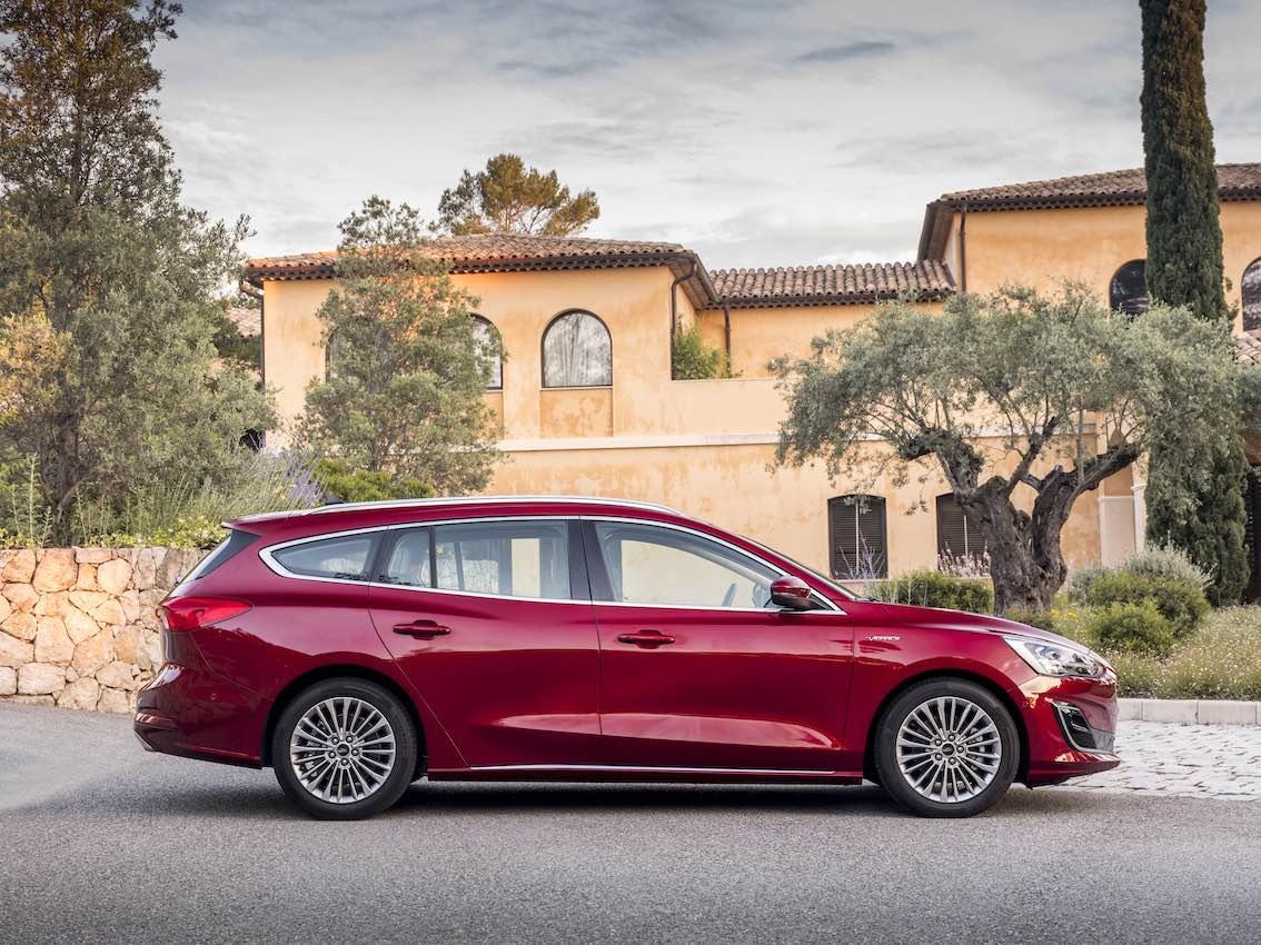 Ford Focus Vignale 2019 Seite Rot