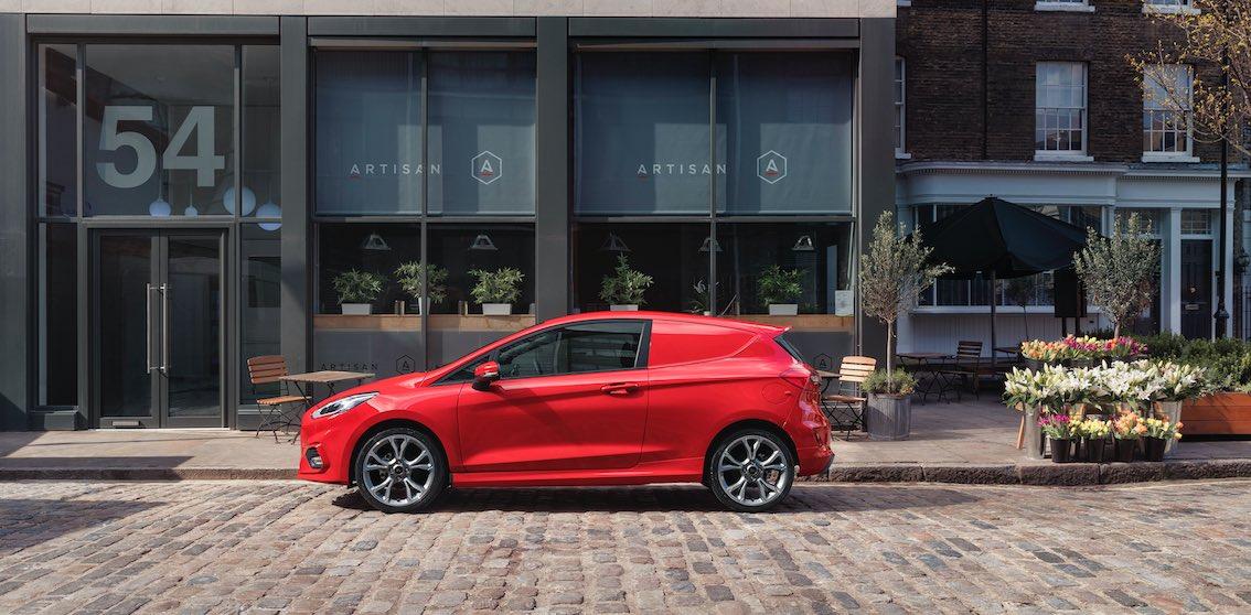 Ford Fiesta Van Rot Seite