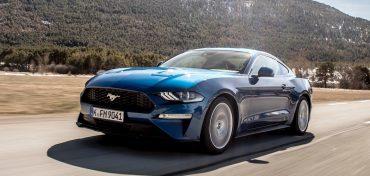 Ford Mustang 2018 Blau