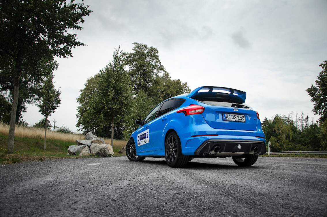 Ford Focus RS 2018 Blau