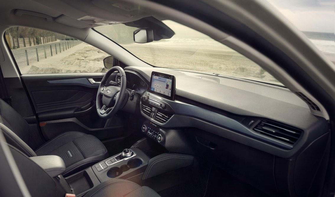 Ford Focus Active 2019 Lenkrad Armaturenbrett