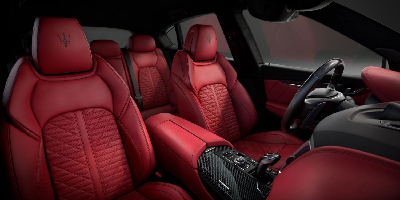 Maserati Levante Vulcano Sitze Rot
