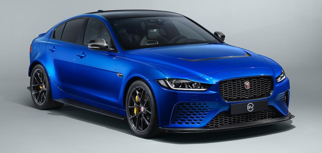 Jaguar XE SV Project 8 Limousine Front Blau