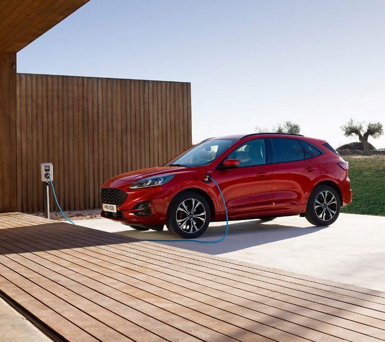 Ford Kuga 2020 Rot Hybrid