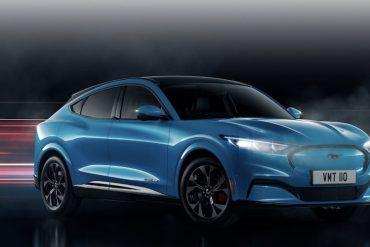 Ford Mach-E in Blau
