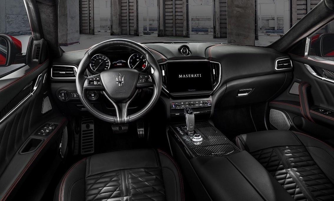 Maserati Ghibli Trofeo Innenausstattung