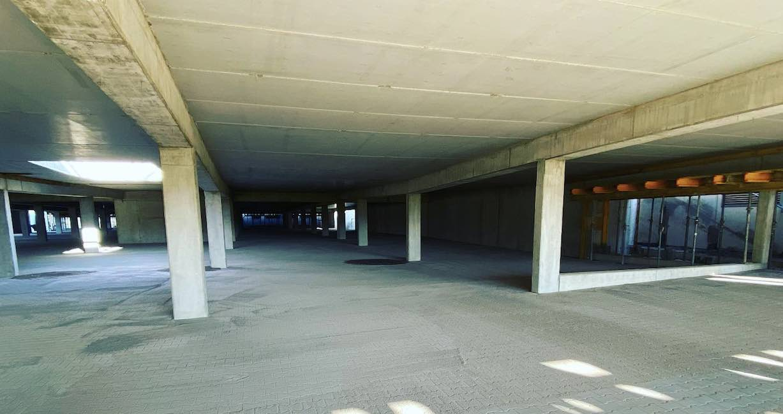 Neues Autohaus Regensburg Tiefgarage Bau