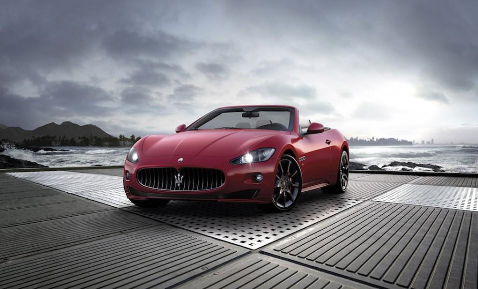 Maserati GranCabrio Hafen vorne