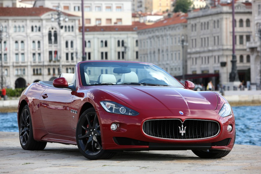 Maserati GranCabrio rot vorne