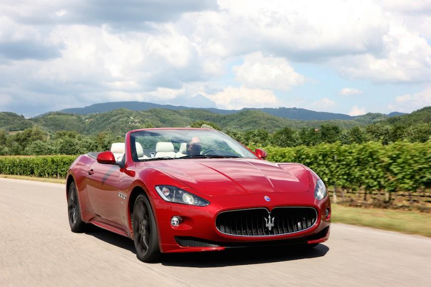 Maserati GranCabrio vorne Fahrt