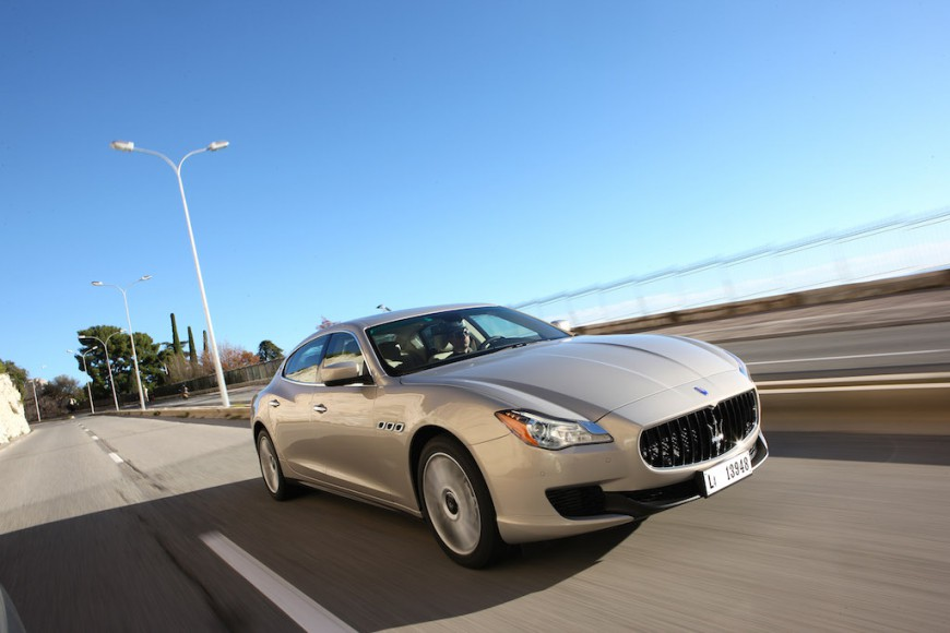 Maserati Quattroporte rechte seite gold