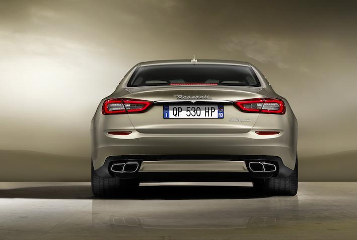 Maserati Quattroporte von hinten